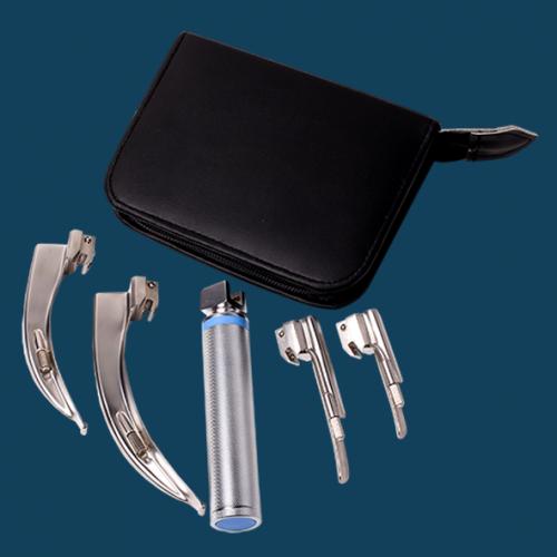 4-Blade-Laryngoscope-blue